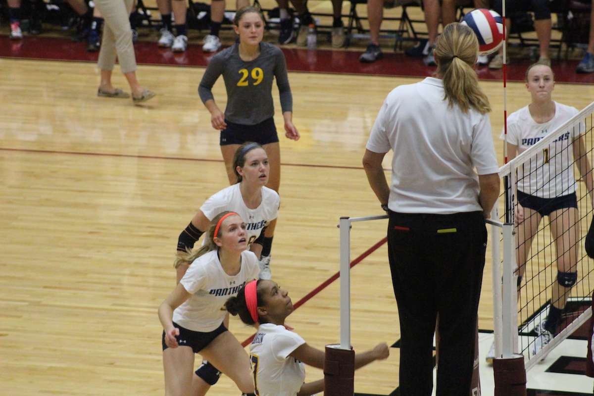 Volleyball-West-9-30-15