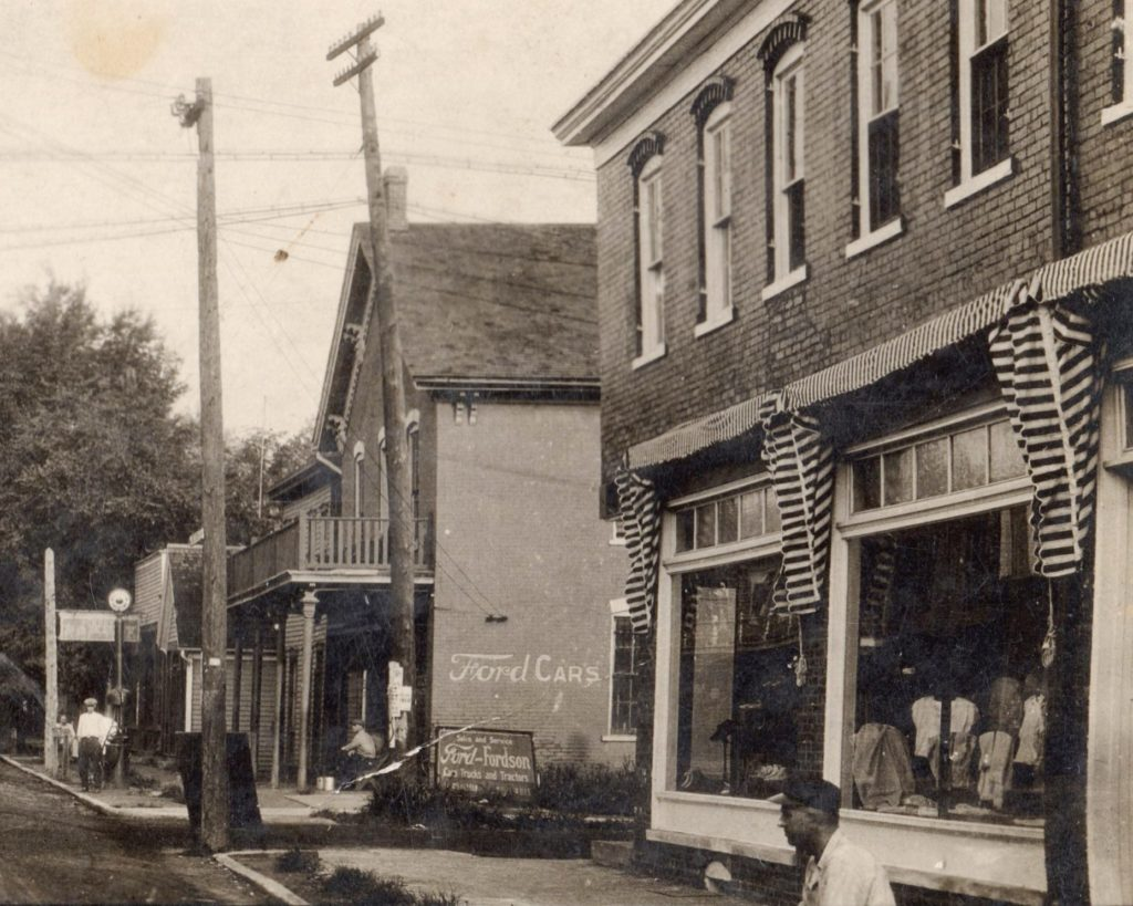 State and Lincoln ca 1927